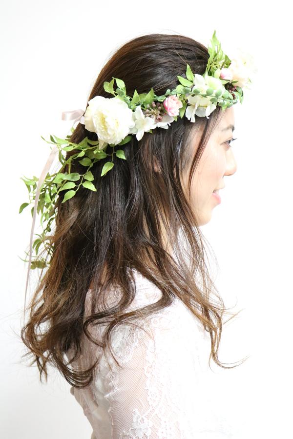 ダウンスタイルのナチュラル花冠